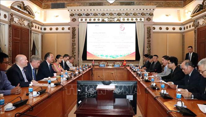 Thành phố Hồ Chí Minh và Anh tăng cường hợp tác xây dựng phát triển đô thị