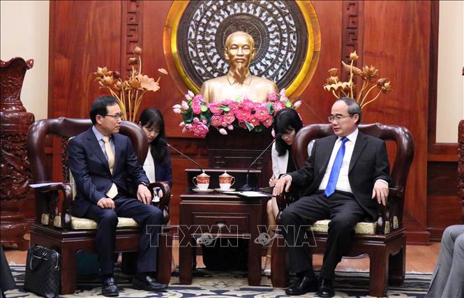 TP Hồ Chí Minh sẵn sàng tạo điều kiện cho Samsung mở rộng đầu tư