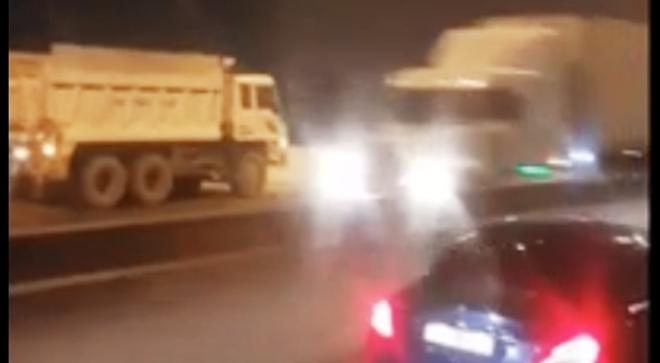 Đề nghị xử lý nghiêm xe tải ben đi ngược chiều trên đường cao tốc