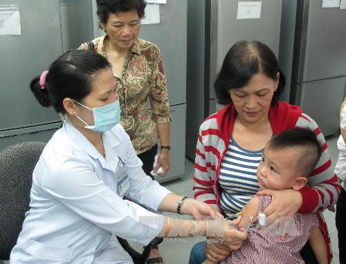 Hơn 16.000 trẻ em chưa được tiêm chủng