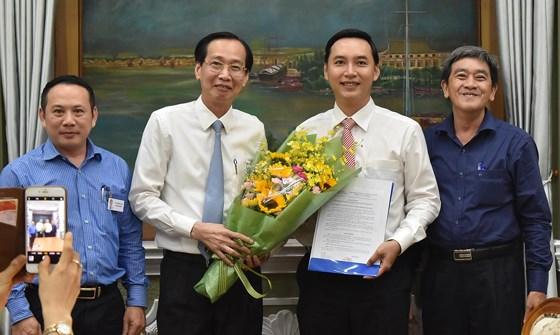 Đồng chí Mai Hữu Quyết giữ chức vụ Phó Chánh Văn phòng UBND TP.Hồ Chí Minh