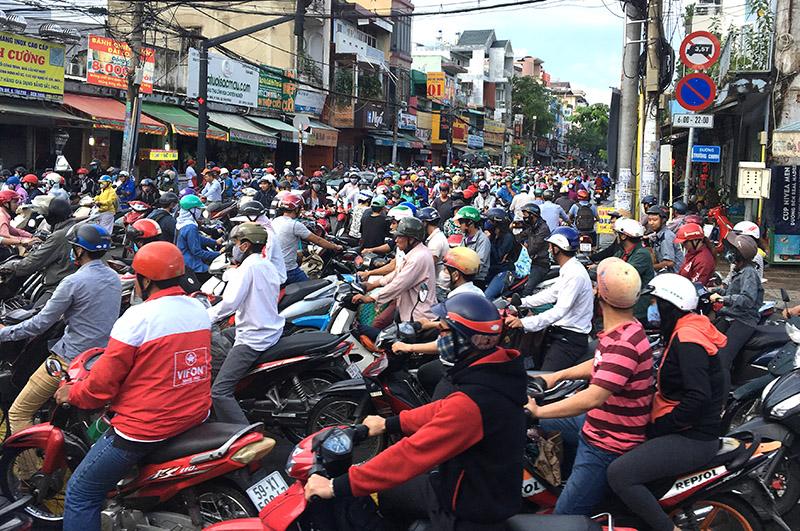 Đề xuất thu phí xe ô tô lưu thông vào trung tâm TP Hồ Chí Minh