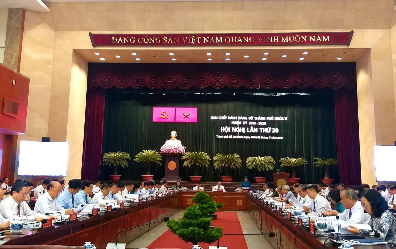 TP Hồ Chí Minh giữ vững vị trí là trung tâm kinh tế lớn nhất cả nước