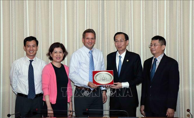 TP. Hồ Chí Minh và tập đoàn Intel đẩy mạnh hợp tác cùng phát triển