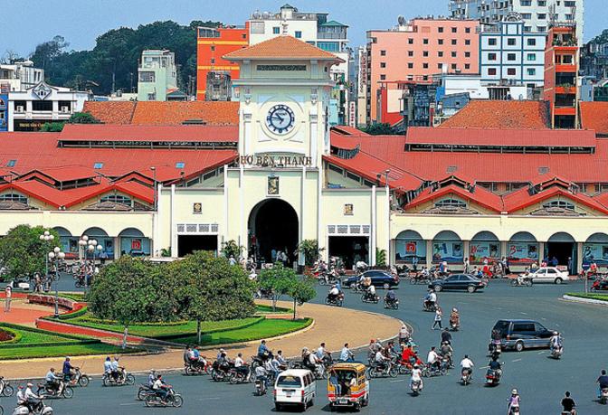 Thăm chợ Bến Thành