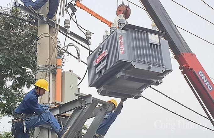 Xây mới và tăng cường công suất nhiều trạm và lưới điện