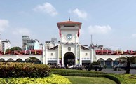 Hà Nội, TP. Hồ Chí Minh bắt buộc đeo khẩu trang nơi công cộng và chưa mở cửa đón khách quốc tế