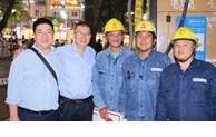 Tổng Công ty Điện lực TP thăm, tặng quà cho công nhân trực vận hành Tết Nguyên đán