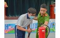 Trang bị kiến thức, kỹ năng phòng cháy chữa cháy cho học sinh