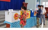 Tính tới trưa nay, tỷ lệ cử tri đi bỏ phiếu đạt gần 47%