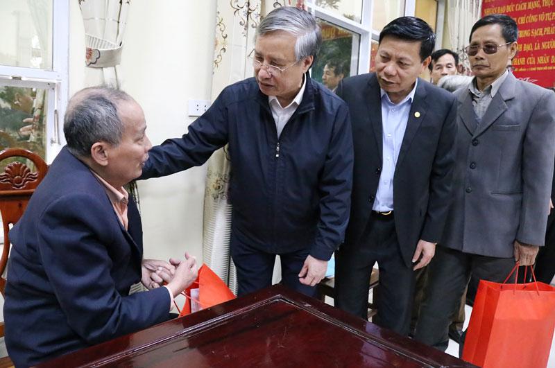Đồng chí Trần Quốc Vượng, Ủy viên Bộ Chính trị, Thường trực Ban Bí thư thăm và làm việc tại Bắc Ninh