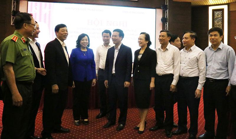 Giao ban thực hiện Chỉ thị 05 của Bộ Chính trị cụm các tỉnh, thành ủy khu vực phía Bắc