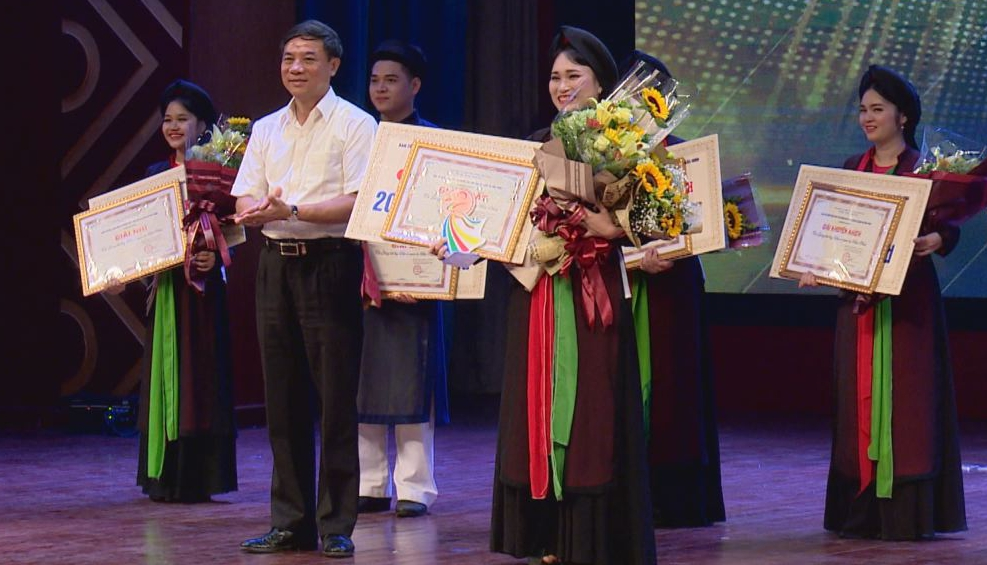 Chung kết thi giọng hát hay Dân ca Quan họ Bắc Ninh năm 2019