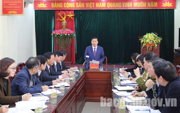 Bí thư Tỉnh ủy Nguyễn Nhân Chiến làm việc với Sở Công thương