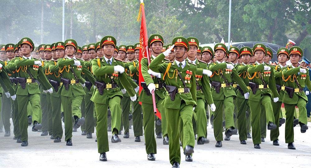Tuổi nghỉ hưu của sĩ quan, hạ sĩ quan Công an theo Nghị định 49/2019/NĐ-CP