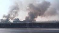 Yên Phong: Cháy kho phế liệu xuyên đêm đến sáng