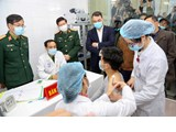 11 nhóm đối tượng được ưu tiên tiêm vắc xin COVID-19 đầu tiên