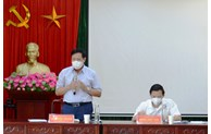 Thứ trưởng Bộ Y tế Đỗ Xuân Tuyên làm việc với Ban Quản lý các khu công nghiệp