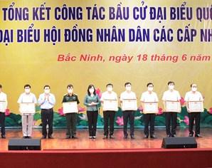 Gần 150 tập thể, cá nhân được khen thưởng do có thành tích trong công tác bầu cử ĐBQH khóa XV và đại biểu HĐND các cấp