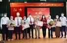Hơn 900 đảng viên được trao tặng Huy hiệu Đảng đợt 2/9