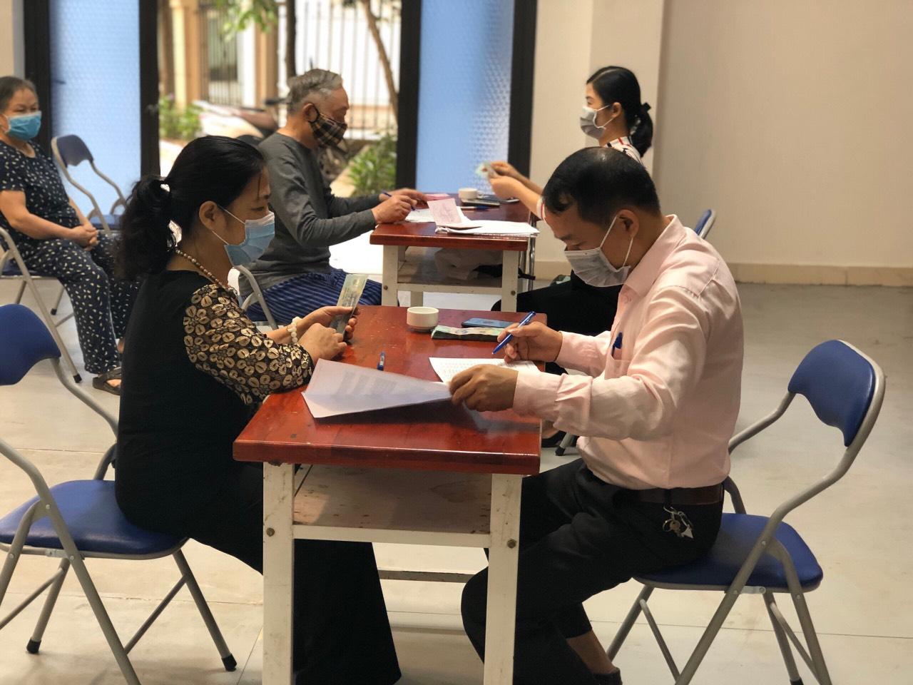 Hà Nội: Chi trả gói hỗ trợ 62 nghìn tỷ đồng cho người có công; bảo trợ xã hội; hộ nghèo, cận nghèo