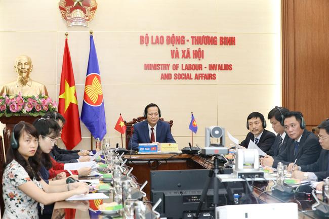 Bộ trưởng Đào Ngọc Dung tham dự Hội nghị trực tuyến Bộ trưởng Lao động và Việc làm G20