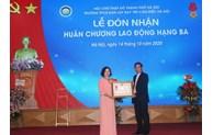 Trường PTCS Dân lập Dạy trẻ câm điếc Hà Nội nhận Huân chương Lao động hạng ba lần thứ haia