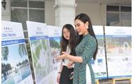 Triển lãm lấy ý kiến cộng đồng về các phương án đạt giải Cuộc thi Thiết kế Cột mốc Km0