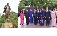 Lãnh đạo TP Hà Nội dâng hoa kỷ niệm 151 năm Ngày sinh V.I.Lênin
