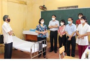 Tiến hành xét nghiệm và trả kết quả ngay nếu có học sinh biểu hiện ho, sốt