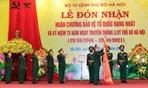 Lực lượng vũ trang Thủ đô đón nhận Huân chương Bảo vệ Tổ quốc hạng Nhất