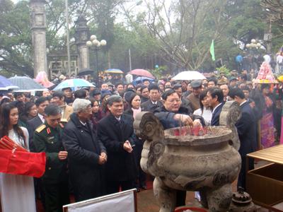 Hưng Yên: Dâng hương tưởng niệm 737 năm ngày tướng quân Phạm Ngũ Lão ra quân đánh giặc giữ nước