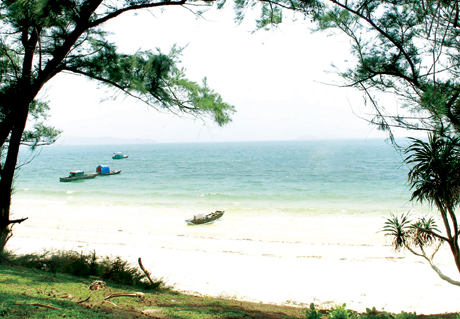 Quang Ninh province's famous beaches