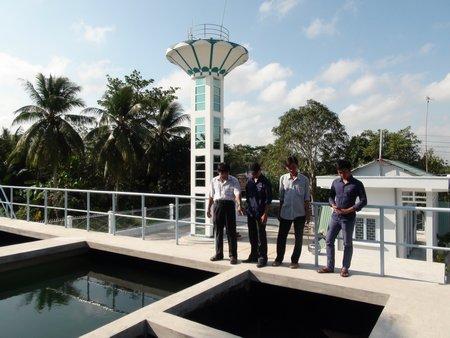 Đưa nước sạch về nông thôn Vĩnh Long