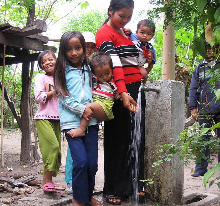 Hàng ngàn hộ đồng bào dân tộc thiểu số Kon Tum được dùng nước sạch