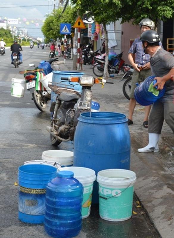Kiên Giang: Người dân khổ vì thiếu nước sinh hoạt