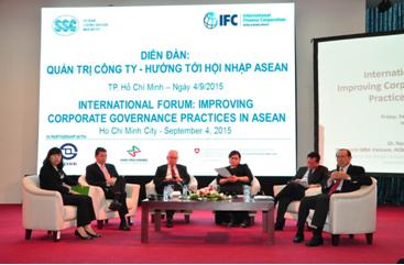 """Diễn đàn """"Quản trị công ty - Hướng tới hội nhập ASEAN"""""""